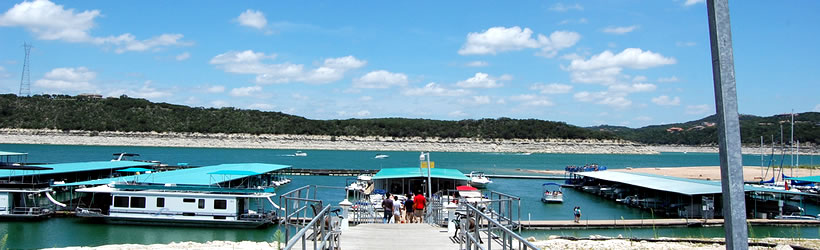 Houseboating Lake Travis