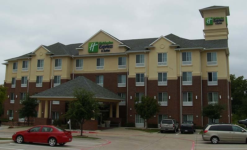 Holiday Inn Express Grand Prairie
